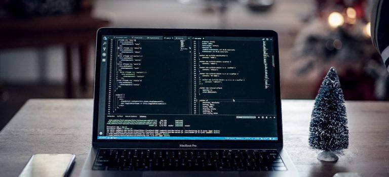 Nicko Perdana Putra: Laravel sebagai Best PHP Framework